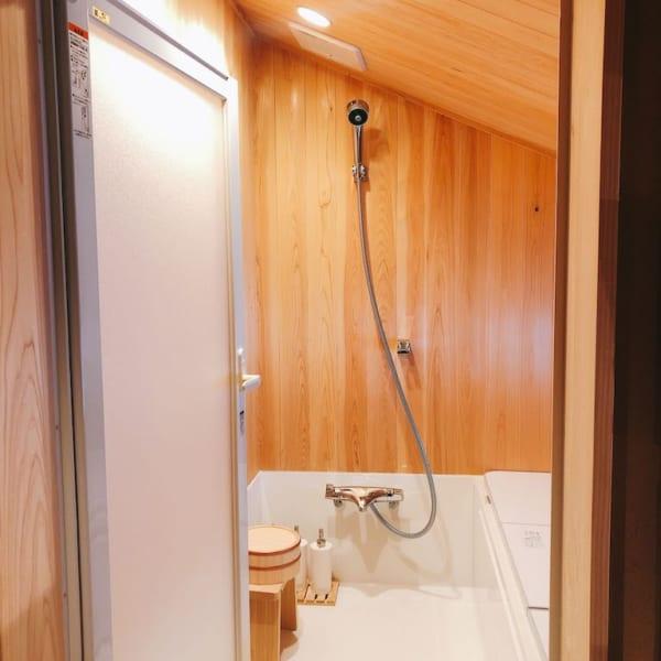楢山集落、十五夜、浴室