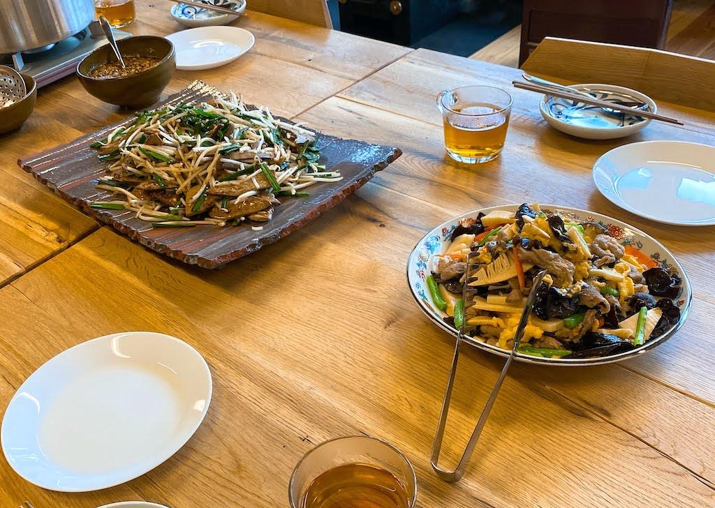 西会津国際芸術村、レバニラとキクラゲ炒め