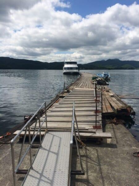 [裏磐梯]桧原湖の遊覧船、桟橋