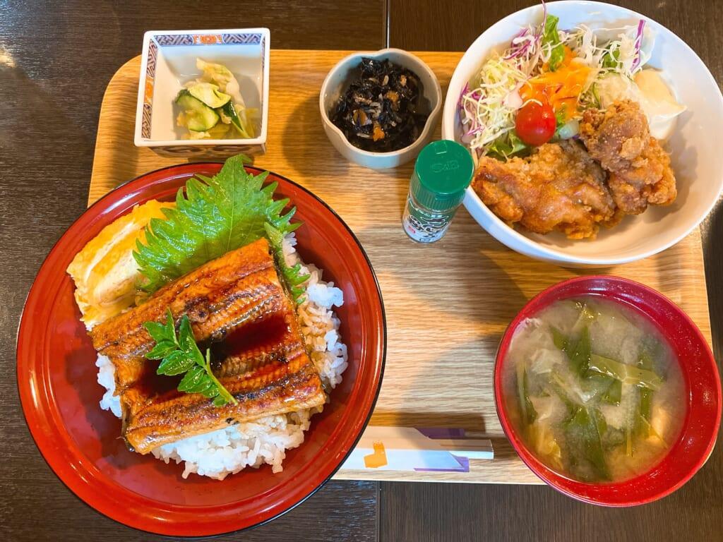 食彩 源ちゃん、うな丼と鶏から定食