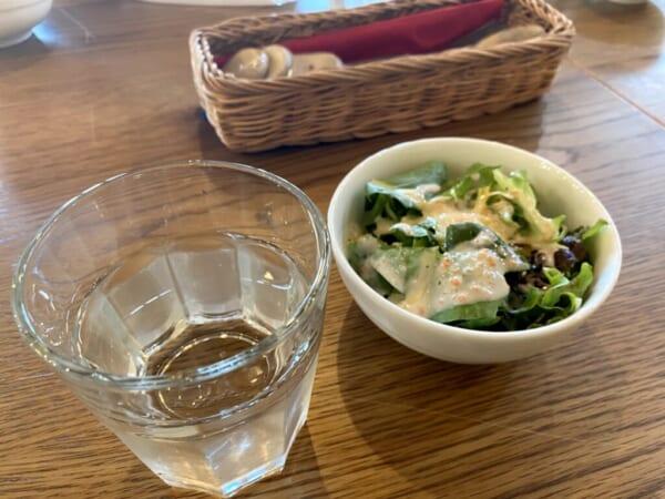 蕎麦カフェ ファットリア こもと、サラダ