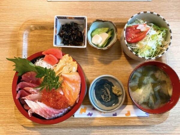 食彩 源ちゃん、海鮮丼