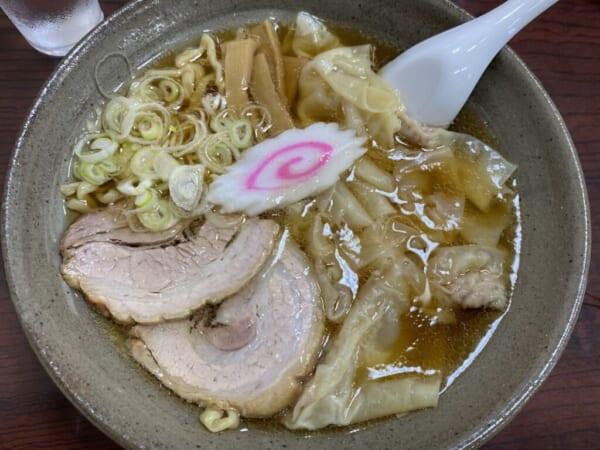 あたごや ワンタン麺