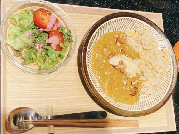 食堂 Kontsh (こんとしゅ) 落花生のカレー