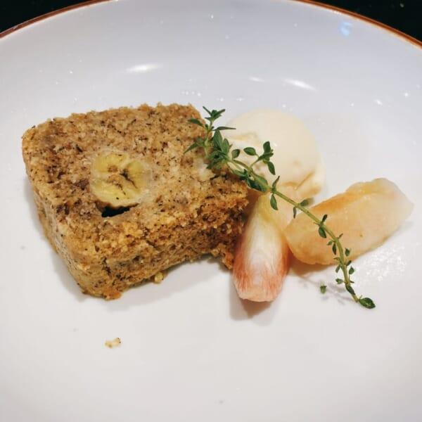 食堂 Kontsh (こんとしゅ) デザートプレート、ベコの乳バニラアイス