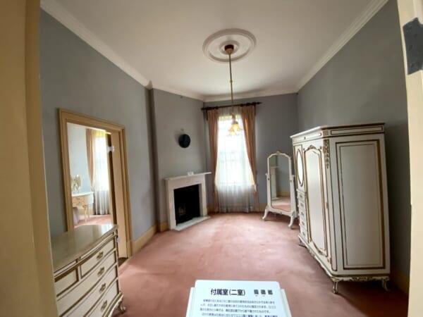 天鏡閣 主人用付属室、階段手前