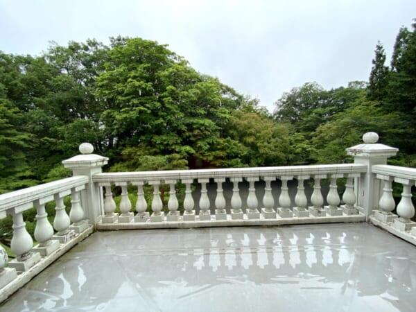 天鏡閣 玄関上のバルコニー