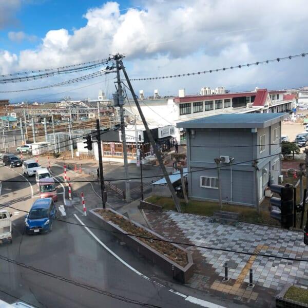 黄鶴楼から、駅前を見る