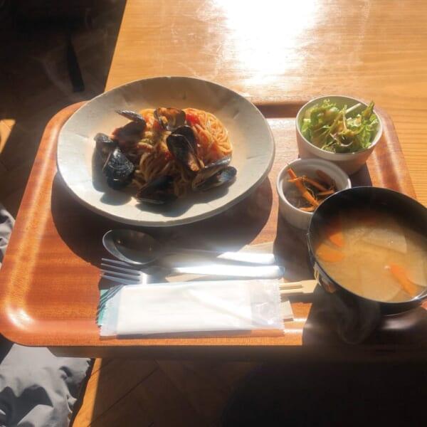 食堂酒場 グリーン テーブル ムール貝のトマトソースパスタ