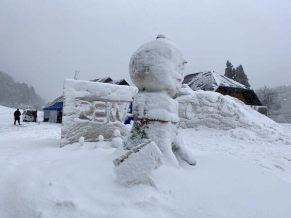 昭和村 雪まつり 会場の雪像