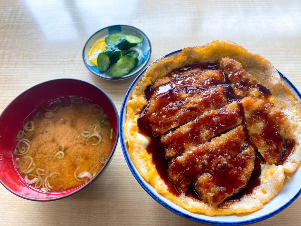 すずや食堂 本場の柳津ソースカツ丼