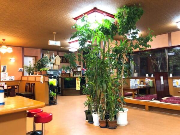 南京飯店 店、中央