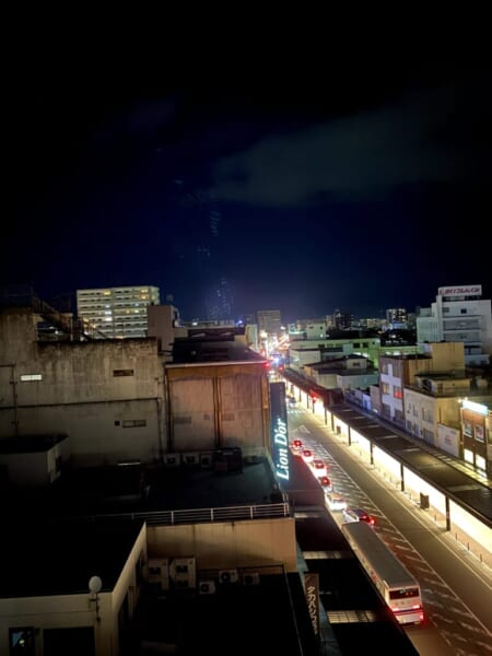 ピザハウス宝島 神明通り、夜景