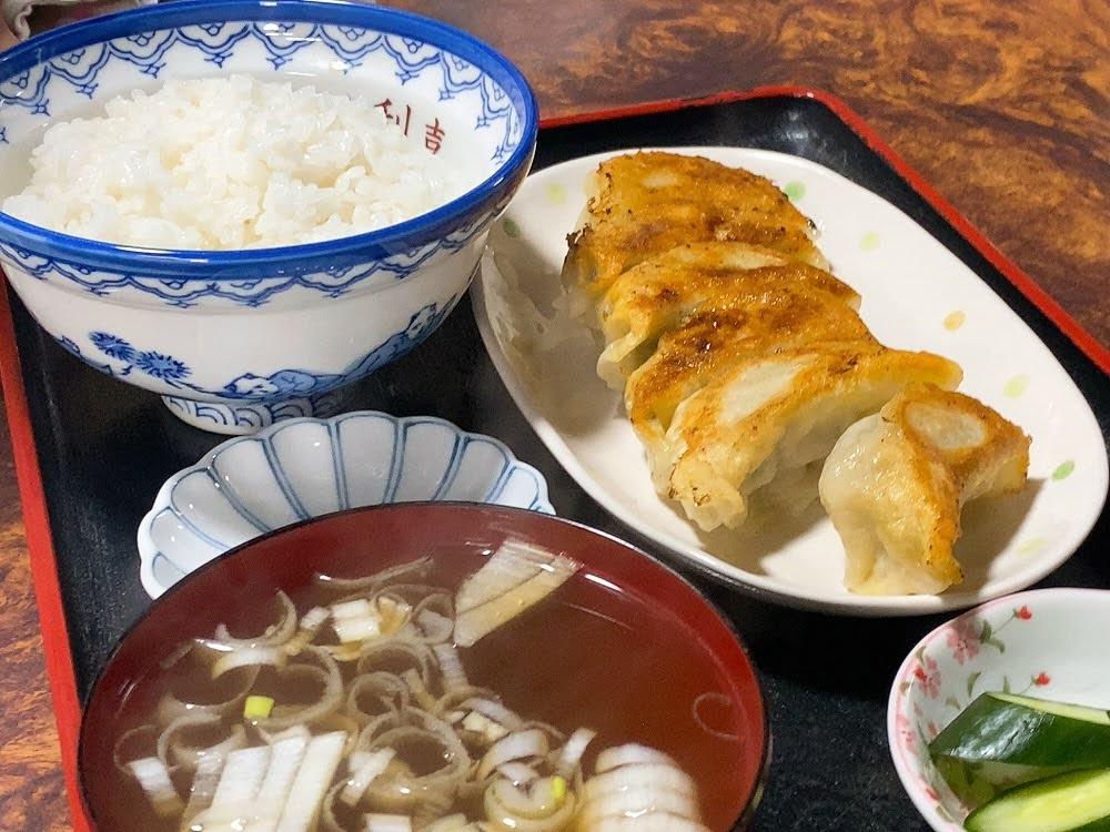 中華飯店 利喜(としき) 餃子定食