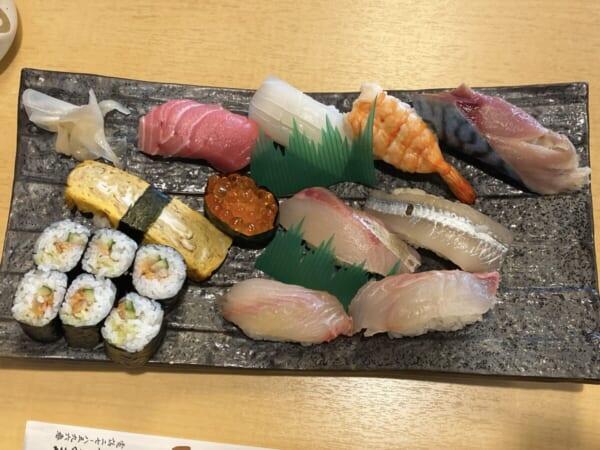 亀鶴寿し まんぷく寿司