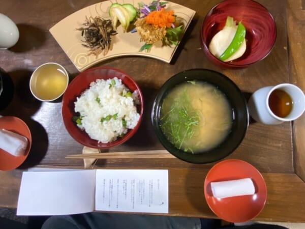 食堂Kontosh 昼食お膳